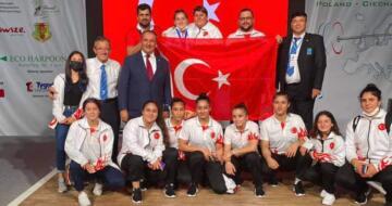 Başkan Özcan Avrupa Şampiyonu Burcu'yu Tebrik Etti